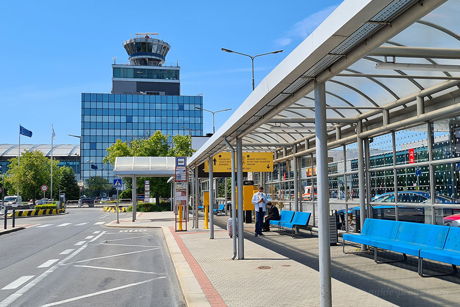 Photo of the bus Stop in front of the Terminal 2, Prague